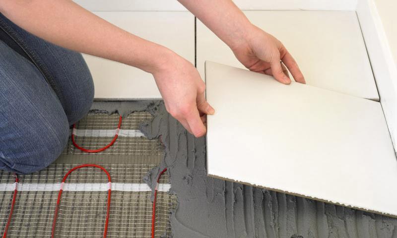 Инфракрасный теплый пол под плитку: монтаж, плюсы и минусы укладки ИК теплого пола под плитку