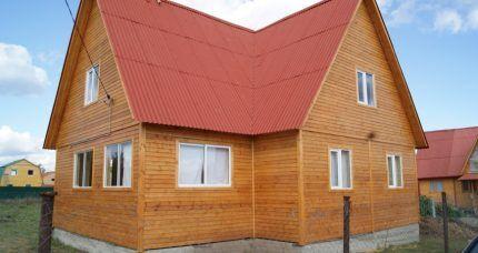 Дом с устроенной системой теплый пол