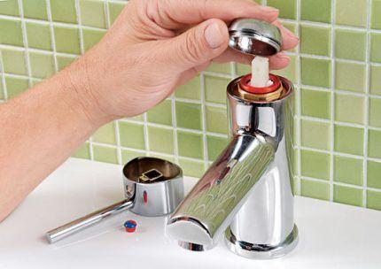 Кухонный кран смеситель как разобрать