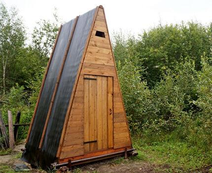 Туалет шалаш на даче