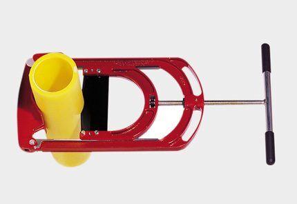 Резак пластиковых труб гильотинный
