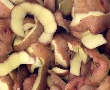 Очистка с помощью картофельных очисток