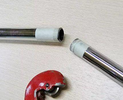 Стальная труба, разрезанная труборезом