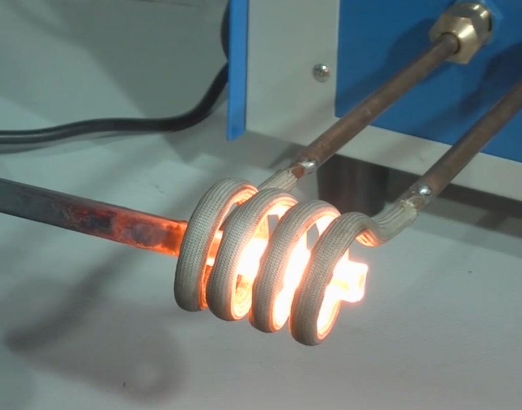 Индукционные установки для нагрева труб перед изоляцией