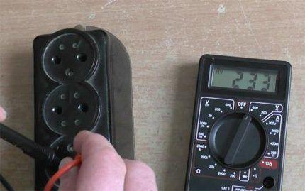 Измеритель цифровой для проверки розеток