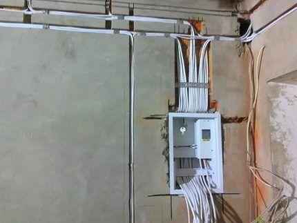 Сложности работы с проводами