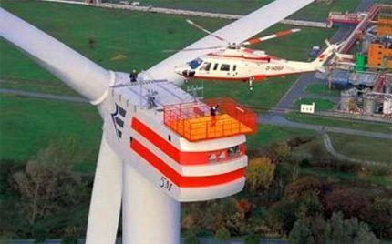 Мощный промышленный ветрогенератор