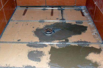 Заполнение цементной смесью
