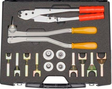 Набор инструментов для установки фитингов
