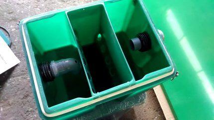 Уловитель жира с крышкой из пластика
