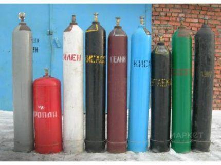 Какой газ в баллонах сжиженный или природный?