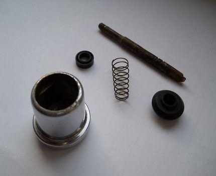 Кнопочный дивертор с обратной пружиной