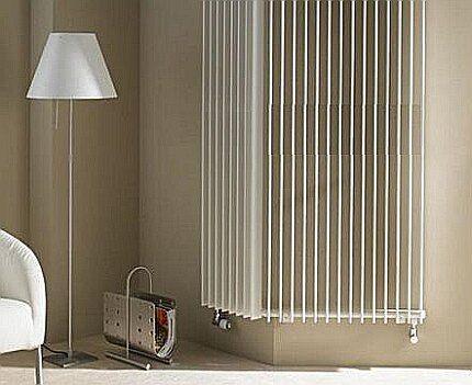 Угловой вертикальный радиатор
