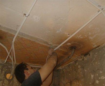 Проведение электропроводки в ванной комнате