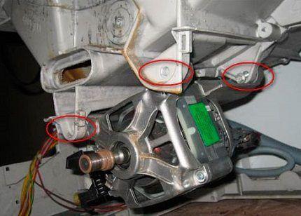 Снятие электродвигателя стиральной машинки