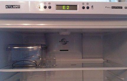 """Холодильник с системой """"Анти иней"""""""
