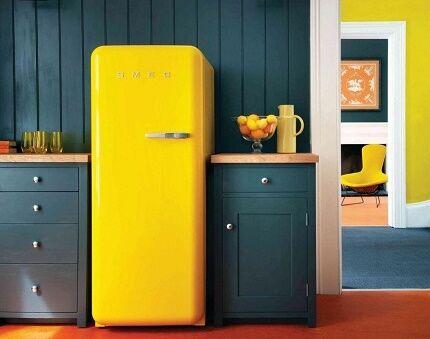 Холодильник серии FAB в кухонном интерьере