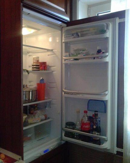 Модель холодильника из серии BCB
