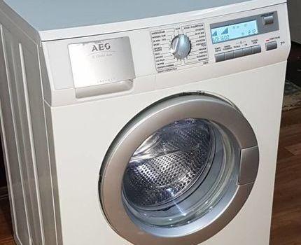 Инверторная стиральная машина AEG