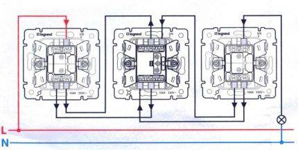 Особенности подключения перекидного переключателя