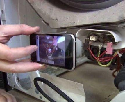 Съемка процесса разборки на телефон