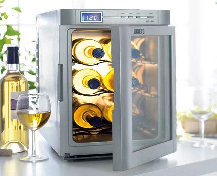 Мини холодильник Ваэко