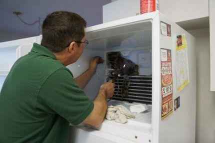Диагностика поломки холодильника