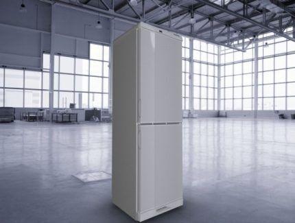 """Внешний вид современного холодильника """"Саратов"""""""