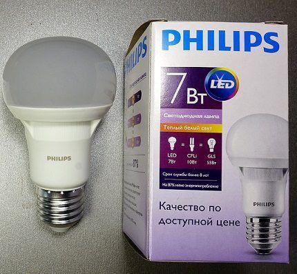 Светодиодная лампочка E27 от Phillips