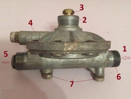 Редуктор водяной газовой колонки