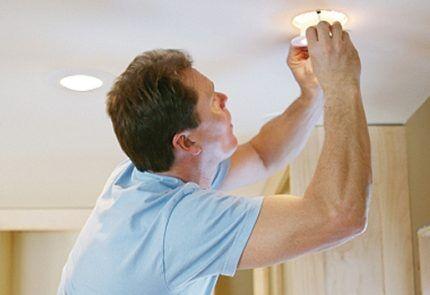 Замена светодиодной лампы
