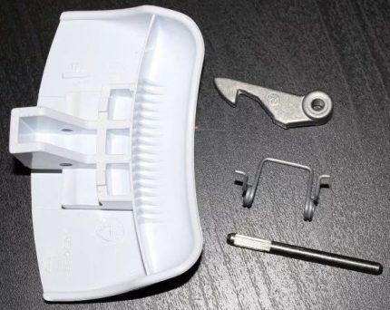 Как заменить ручку дверцы