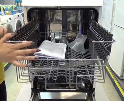 Выдвижные корзины посудомоечной машины