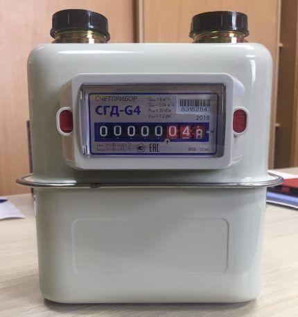 Вертикальный газовый счетчик