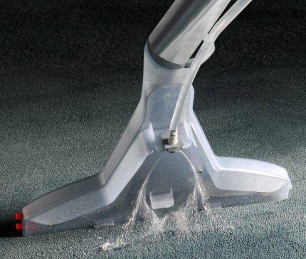 Распылитель жидкости моющего пылесоса