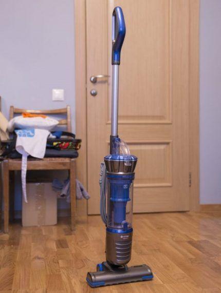 Пылесос с литий-ионным аккумулятором