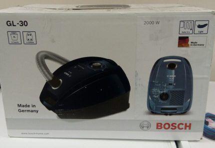 Коробка с новым пылесосом Bosch