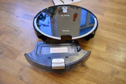 Контейнер для мусора в роботе-пылесосе