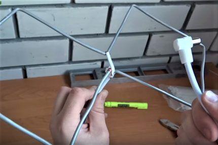 Биквадратная антенна из алюминия