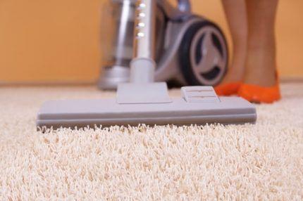 Очистка коврового ворса