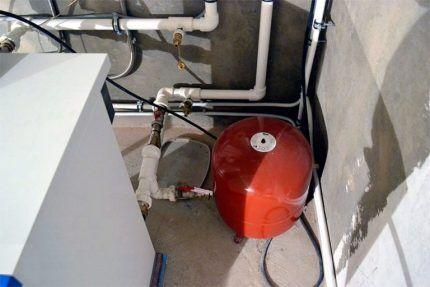Мембранный бак для системы отопления