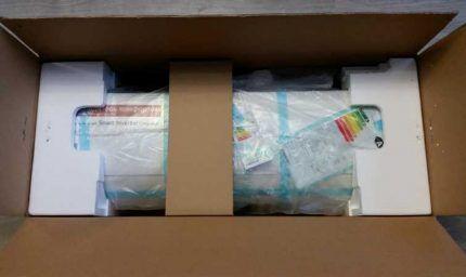 Упакованный в коробку блок кондиционера