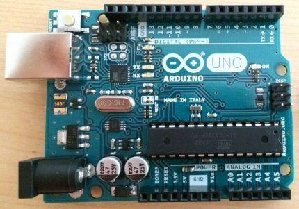 Оригинальная плата Arduino