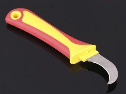Нож с клювом