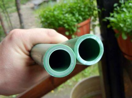 Ровный срез труб для склеивания