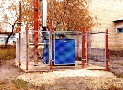 Ограждение для наружного газового котла