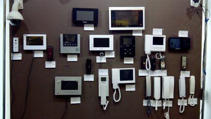 Домофоны различных производителей