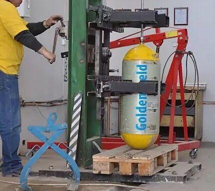 Гидравлические испытания газового баллона
