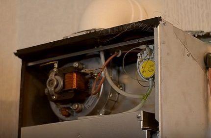 Вентилятор и прессостат газового котла