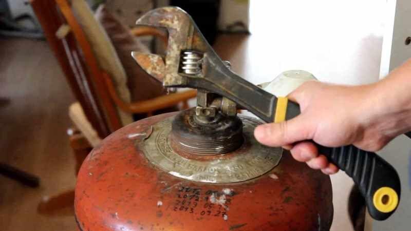 Как слить конденсат с бытового газового баллона пошаговый инструктаж